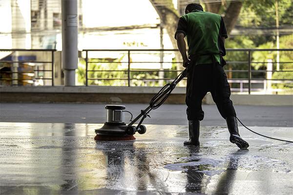Body-Image-Concrete-Floor-Cleaning
